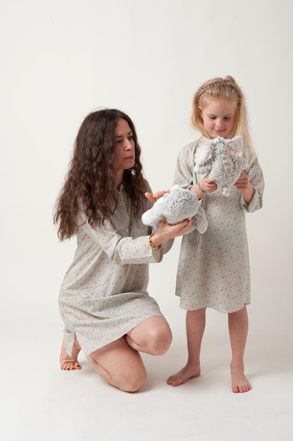 camicia da notte artigianale bimba e mamma in tessuto liberty